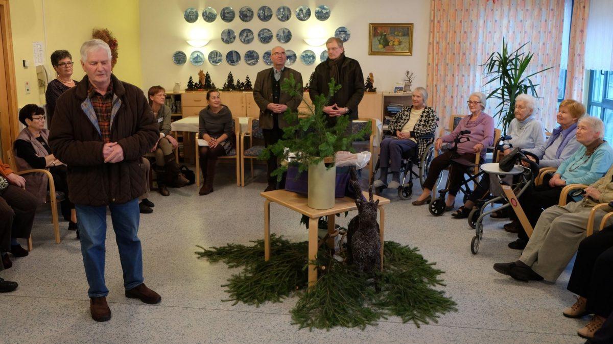 Jadgverein Hubertus Eschwege spendet zwei Rehe zu Weihnachten